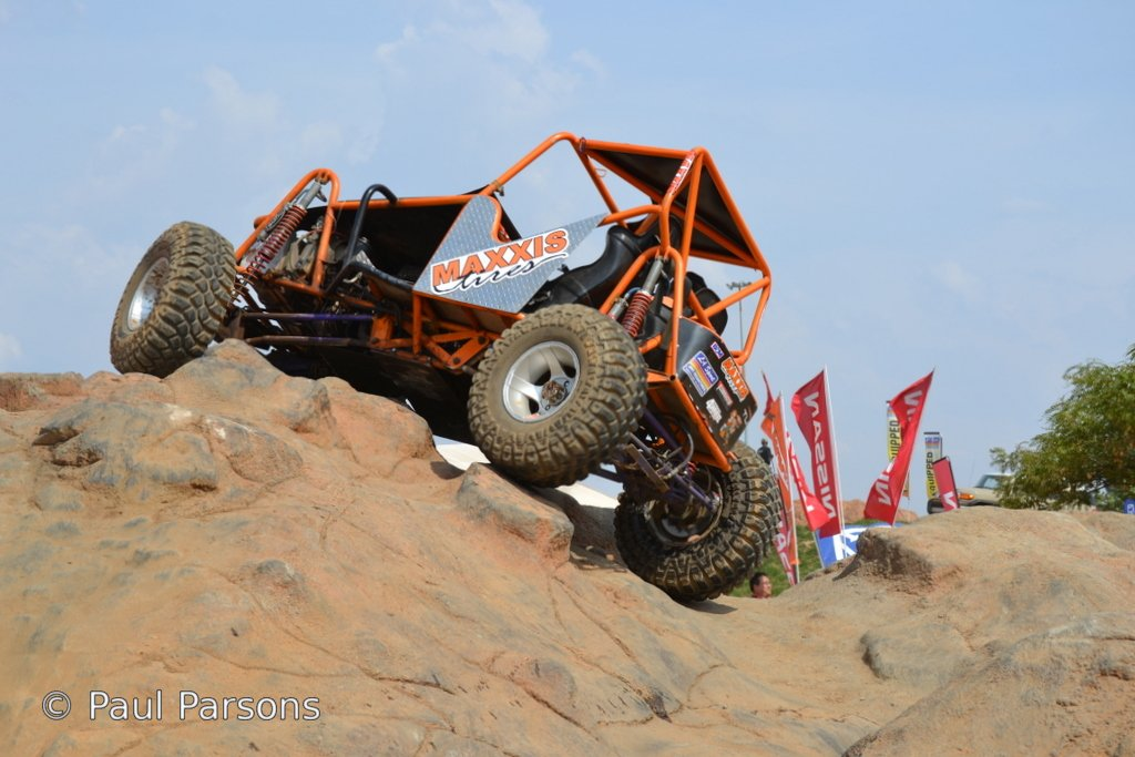 Maxxis presents extreme rock crawling